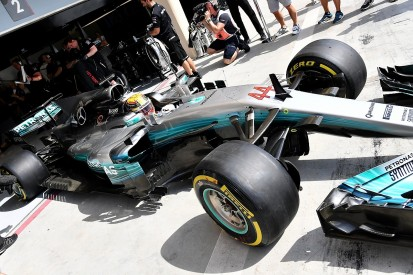 Bahrain GP daytime practice 'a waste of a session' - Lewis Hamilton