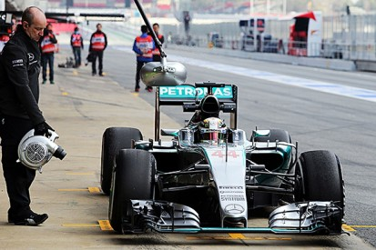 Barcelona F1 test: Lewis Hamilton says Mercedes better than in 2014