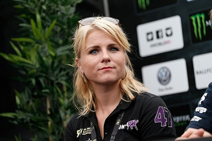 Ramona Karlsson switches to VW Scirocco for 2015 rallycross season
