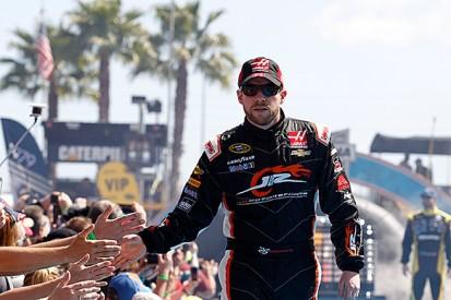 Regan Smith keeps Kurt Busch's Stewart-Haas NASCAR seat for Atlanta