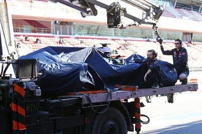 Barcelona F1 test: Carlos Sainz Jr says winds caused crash