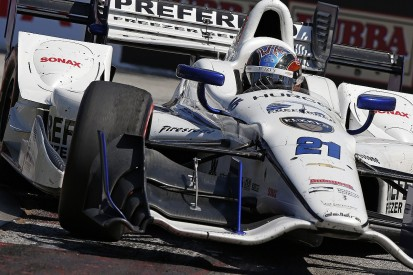Hildebrand injures hand in Long Beach IndyCar tangle with Aleshin