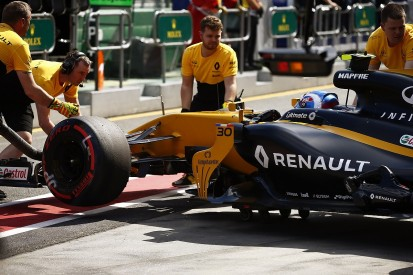 Renault F1 driver Palmer wants car checked before Chinese GP
