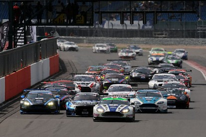 Motors TV to broadcast five British GT rounds live in 2015