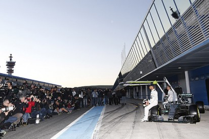 Mercedes officially launches F1 W06 car ahead of Jerez test