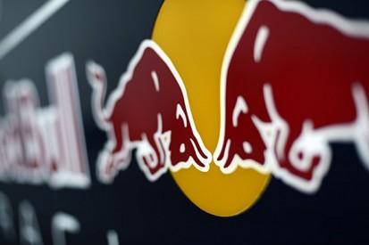 Red Bull's 2015 Formula 1 car passes crash tests in time