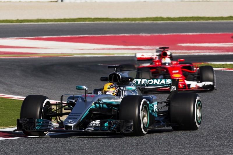 Lewis Hamilton says Ferrari is bluffing in 2017 F1 testing