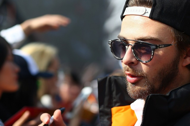 Ex-Manor F1 driver Stevens to focus on Blancpain GT Series in 2017