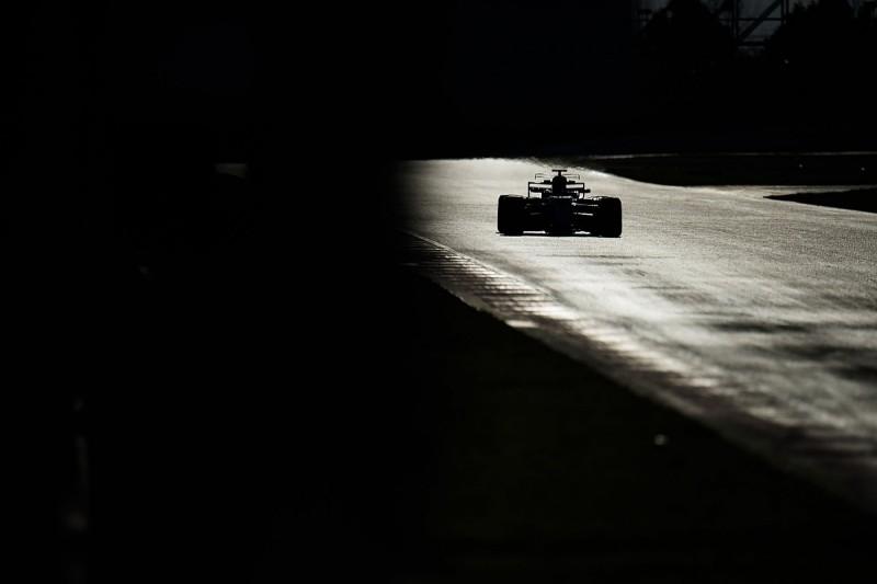 FIA begins F1 suspension system checks, one team making changes