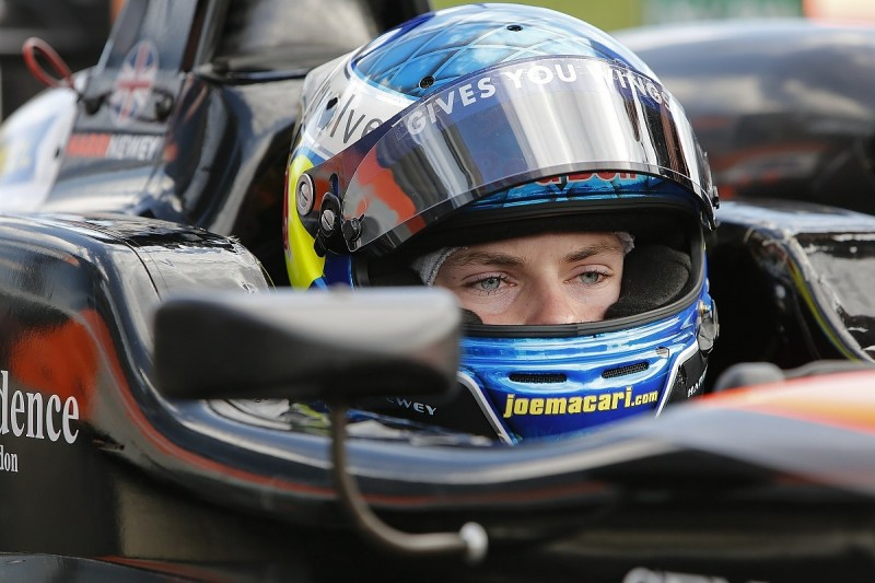 Harrison Newey stays in European Formula 3 with Van Amersfoort