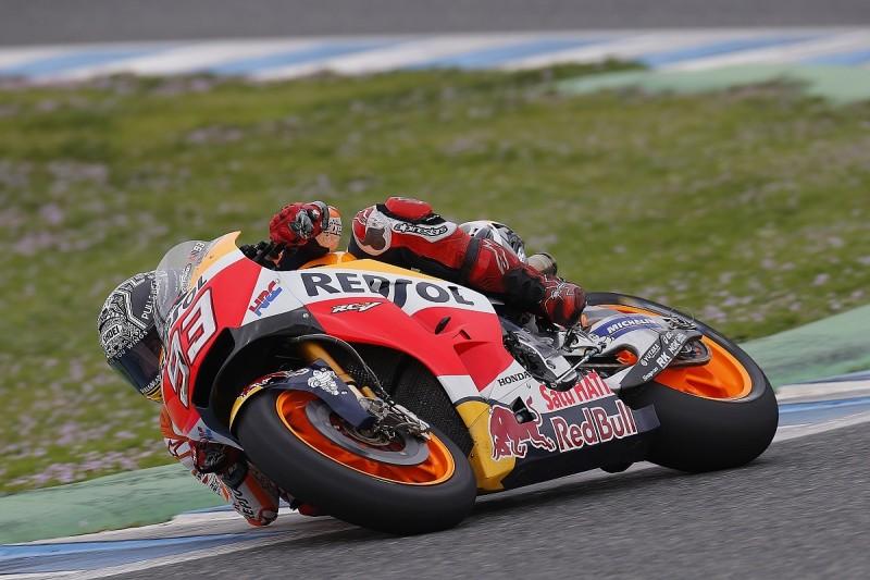 Marc Marquez dislocates shoulder in Honda MotoGP test crash