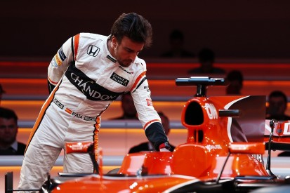 Fernando Alonso spoke with Mercedes after Nico Rosberg's F1 retirement