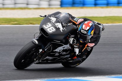 KTM's Smith struggling to 'pull the pin' in Phillip Island test