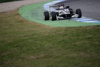 Pedro Piquet sticks with Van Amersfoort Racing for 2017 Euro F3