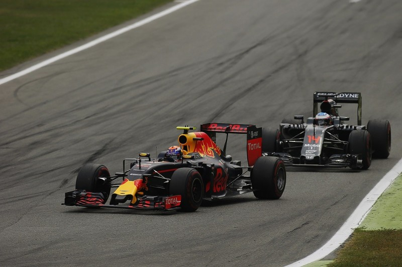 How Red Bull's fuel switch could affect 2017 Formula 1 title fight