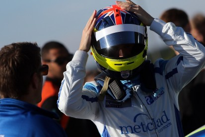 Stephen Jelley returns to British Touring Car Championship for 2017