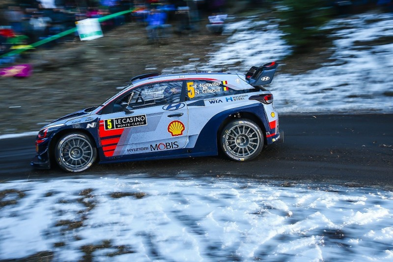 WRC Monte Carlo Rally: Neuville leads after Ogier and Meeke dramas