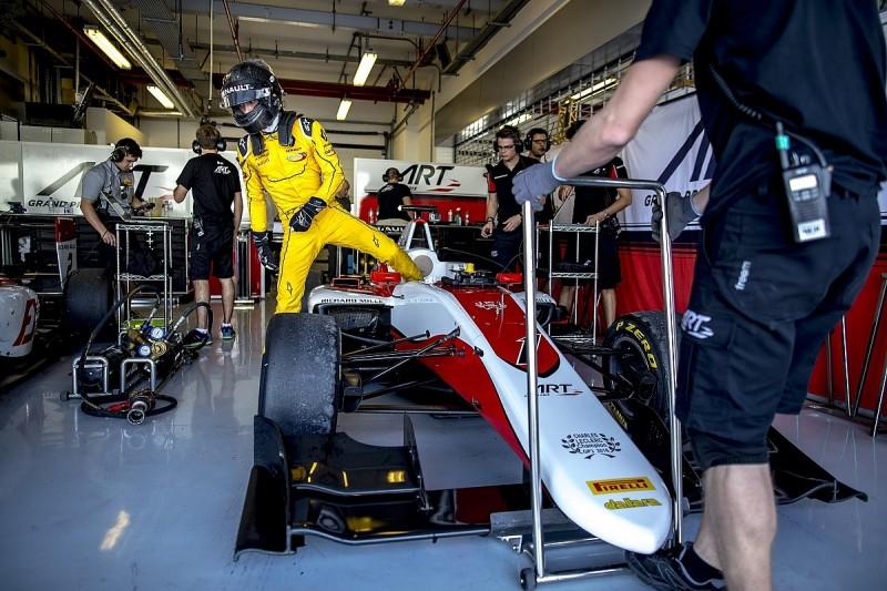 Renault F1 junior Aitken tipped for ART Grand Prix GP3 switch