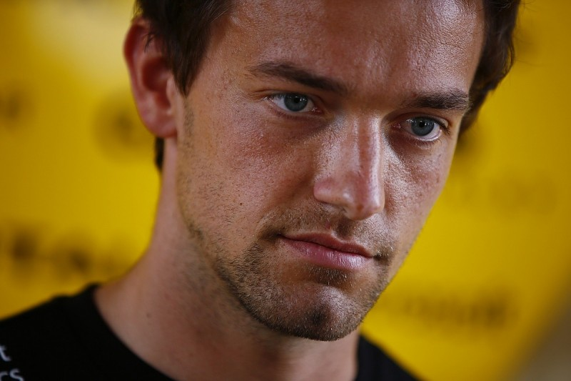 Jolyon Palmer 'gaining in stature' says Renault F1 technical chief