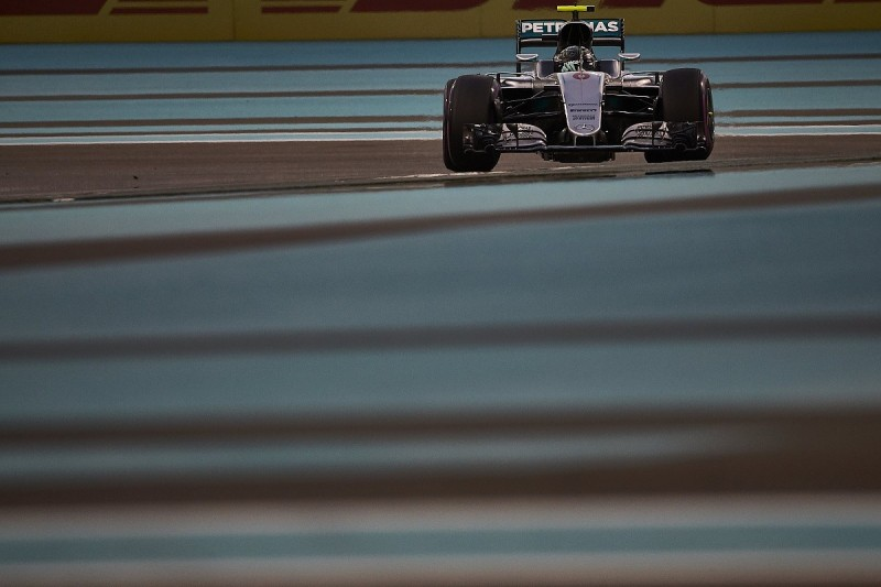 Mercedes F1 team won't announce Rosberg's replacement until 2017