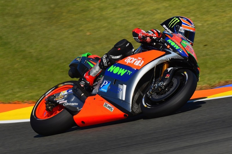 Aprilia MotoGP rookie Lowes will have to relax, Espargaro says