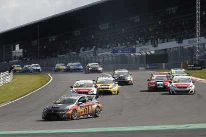 World Touring Car Championship adds WTCC2 class for 2017