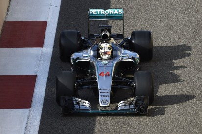 Unwell Hamilton ends test of Pirelli's 2017 F1 tyres early