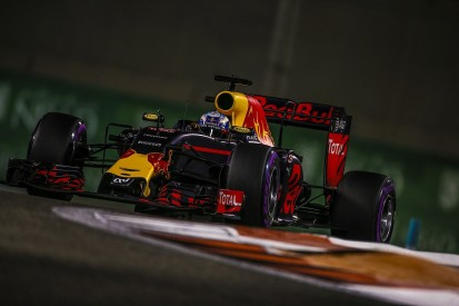 Daniel Ricciardo wants to make F1 title fight 'more exciting'
