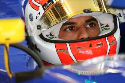 Nasr still in talks with Sauber over 2017 Formula 1 drive