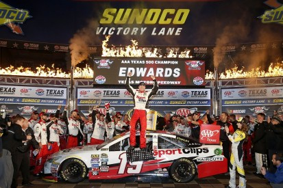 Carl Edwards wins rain-delayed NASCAR Texas race to seal title shot