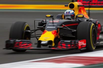 Sebastian Vettel F1 frustration 'a bit too much' - Daniel Ricciardo