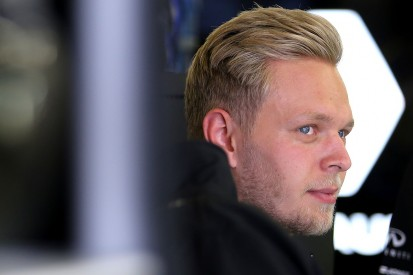 Haas has held talks with Kevin Magnussen about a drive for 2017