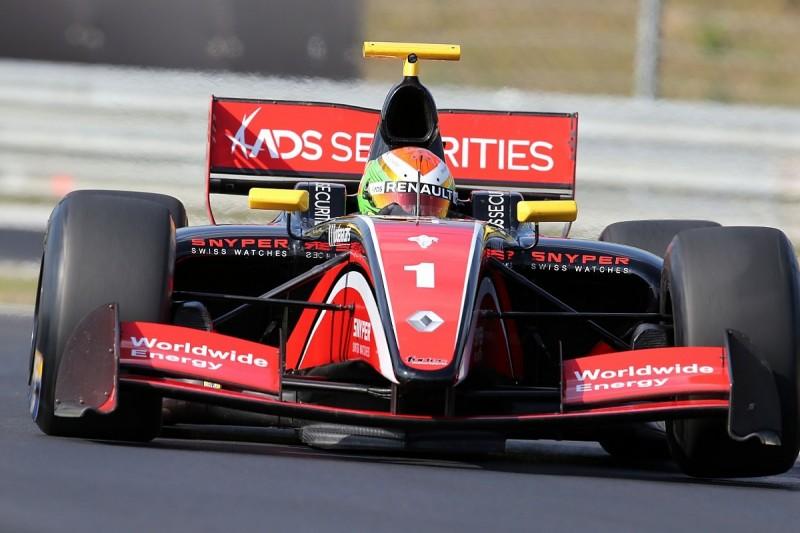Jerez FV8 3.5: Deletraz gets 10-second penalty after Dillmann clash