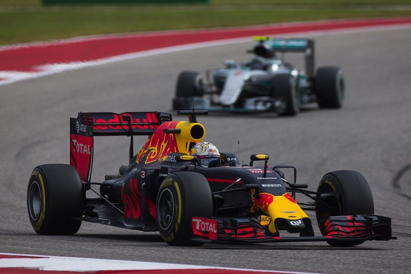 Mercedes' F1 engine conservatism could help Red Bull in Mexican GP