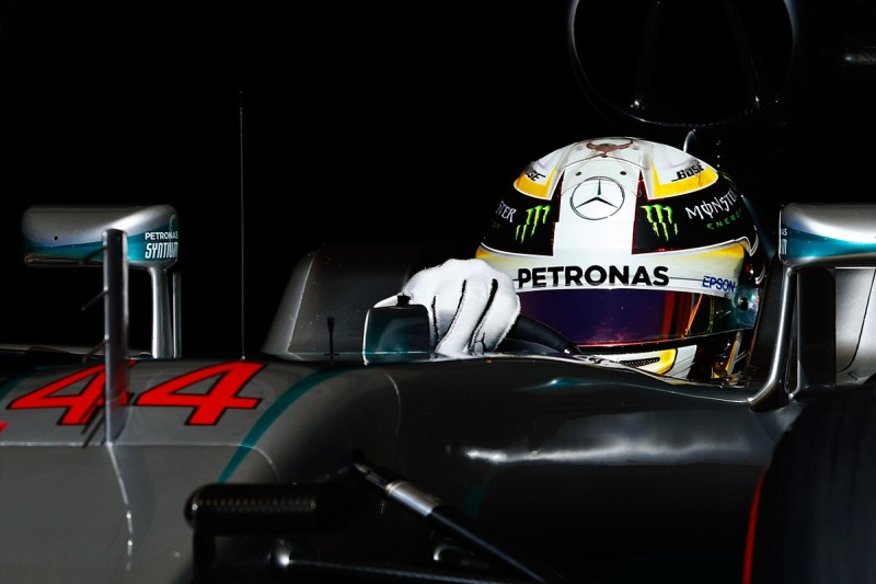 Mercedes F1 driver Lewis Hamilton calls for clarity on 'grey' rules
