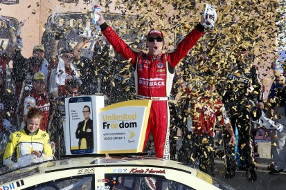 Kansas NASCAR: Kevin Harvick wins and reaches next Chase stage