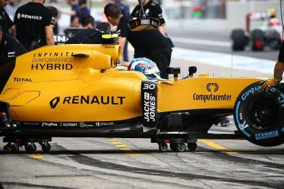 Renault F1 chief Vasseur defends team's leadership structure