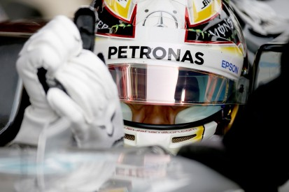 Mercedes altered Hamilton and Rosberg's gloves to fix F1 starts
