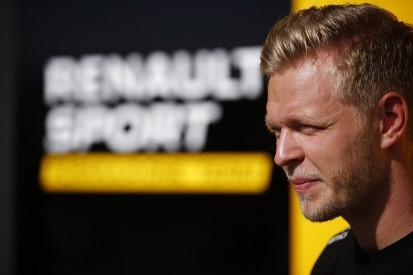 Kevin Magnussen extends 2017 Renault Formula 1 deal deadline