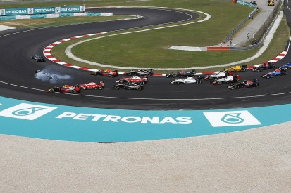 Rosberg says Vettel was out of control in Malaysian GP F1 crash