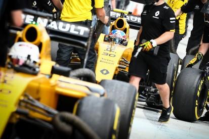 Jolyon Palmer's F1 qualifying performance 'depressing' in Malaysia