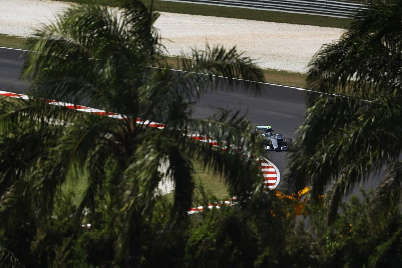 Malaysian GP: Nico Rosberg leads fire-disrupted Friday practice one
