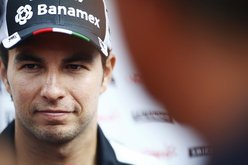 Sergio Perez could look beyond F1 if 2017 deal not sorted next week