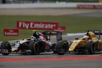 Renault's interest in 2017 F1 deal an honour - Carlos Sainz Jr