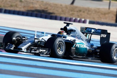 Pirelli concerned about low 2017 F1 test car downforce levels