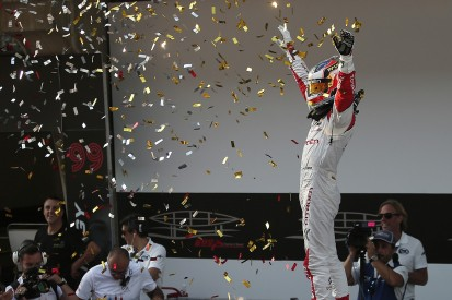 WTCC Shanghai: Dominant eighth win of 2016 for Jose Maria Lopez