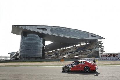WTCC Shanghai: Jose Maria Lopez takes main race pole position