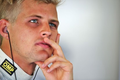 Marcus Ericsson in talks with multiple F1 teams for 2017 seat