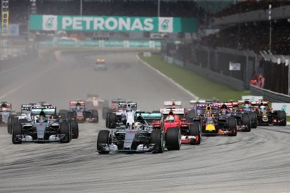 F1 title rivals Hamilton and Rosberg split on Malaysian GP tyres