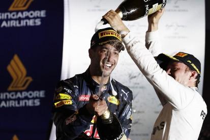 Mercedes admits Ricciardo's Singapore GP pace forced strategy hand